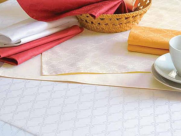 Damast-Tischdecke Fina, weiß, mit klassischem Muster, 140x340
