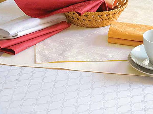 6 Damast-Servietten Fina, weiß, mit klassischem Muster, 50x50